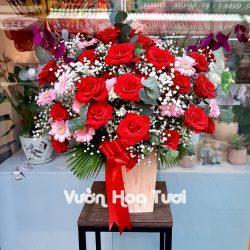 Lẵng hoa Hồng Đỏ mix Cúc nhí