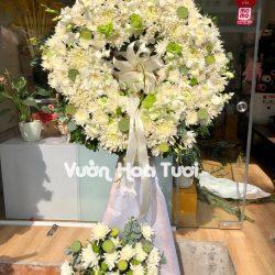 Kệ hoa tang trắng xanh - Tôn Kính