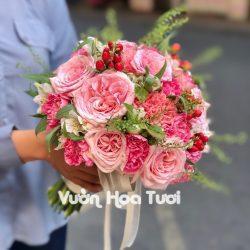 Bó hoa cưới cô dâu cầm tay hồng Ohara