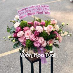 Giỏ hoa chúc mừng Hồng Tím Cát tường