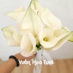 Bó hoa cưới Rum Trắng