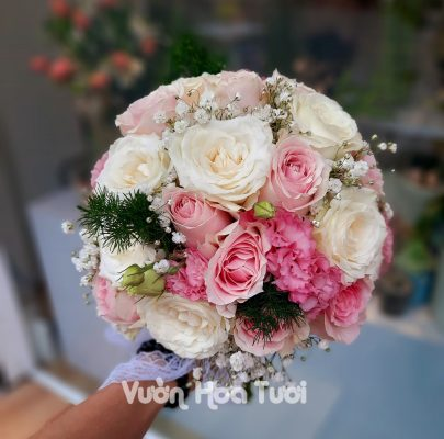 Bó hoa cầm tay cô dâu Hồng Dâu HCT01