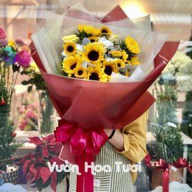 Bó hoa Hướng Dương và Hồng Trắng