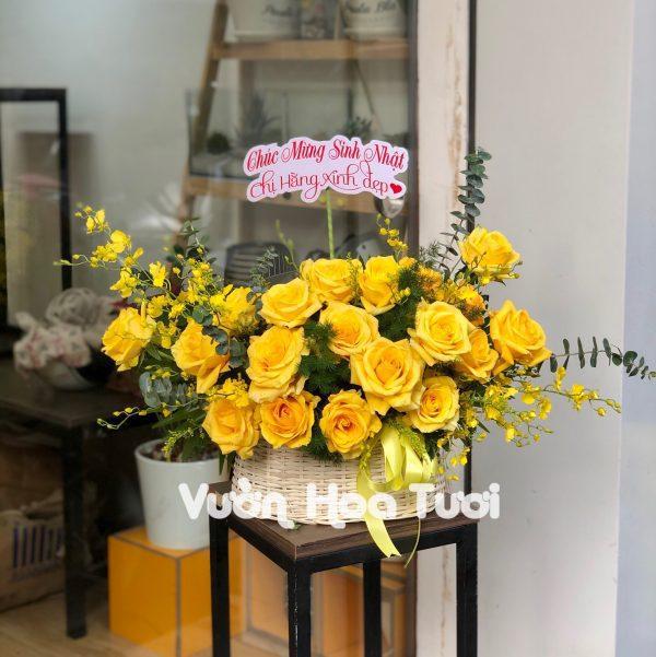 Giỏ hoa sinh nhật hoa hồng vàng-GHT29